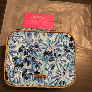 NWT Lilly Pulitzer Lunch Box in High Manetenance